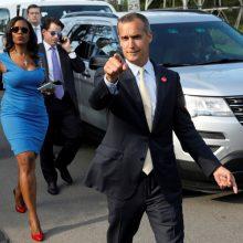 D. Trumpo televizijos realybės šou žvaigždė palieka Baltuosius rūmus