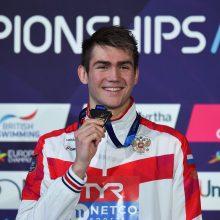 18-metis rusų plaukikas pagerino 9 metus gyvavusį pasaulio rekordą
