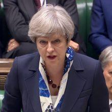 Britanija skirs papildomų lėšų padėti nuo uragano nukentėjusioms Karibų saloms