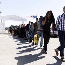 JT: į Europą vykstantys jauni migrantai susiduria su prievarta