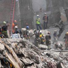 Praėjusią savaitę Meksiką sukrėtusio drebėjimo aukų padaugėjo iki 324