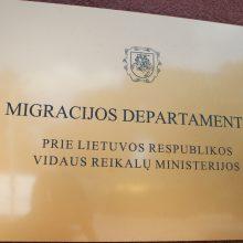 Padvigubėjus prašymų skaičiui, Migracijos departamente užsitęsė vizų išdavimas