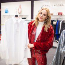 Stilistė V. Šaulytė pataria: 5 garderobo detalės, kurioms neverta taupyti