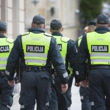 Klaipėdoje sulaikydami neblaivų jaunuolį nukentėjo du policininkai