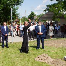 """Šeštokuose statomas ilgai lauktas pėsčiųjų viadukas per """"Rail Balticą"""""""