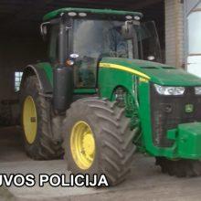 Plungės rajone rastas Švedijoje pavogtas traktorius