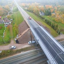 Geros naujienos Kauno vairuotojams: po rekonstrukcijos atidarytas Ražiškių viadukas