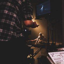 N. Šiaudikytė dalinasi akimirkomis iš naujo Los Andžele filmuoto klipo kūrimo