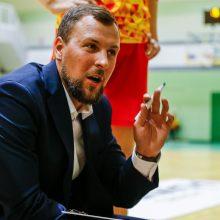 """LMKL: puikiai po krepšiais kovojusi """"Kibirkštis"""" įveikė Klaipėdos klubą"""