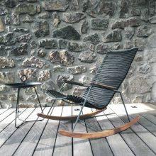 Gyvenimas lauke: kokius baldus rinktis?