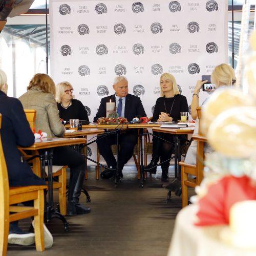 """""""Stebuklingos Kalėdos Klaipėdoje 2018"""" spaudos konferencija"""