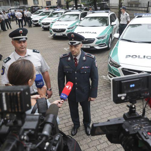 Pristatyti nauji tarnybiniai policijos automobiliai