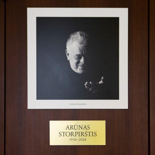 Atsisveikinimas su aktoriumi A. Storpirščiu