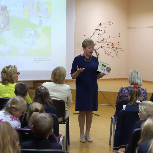 Fondo dovana pirmokams  © Kauno rajono savivaldybės nuotr.