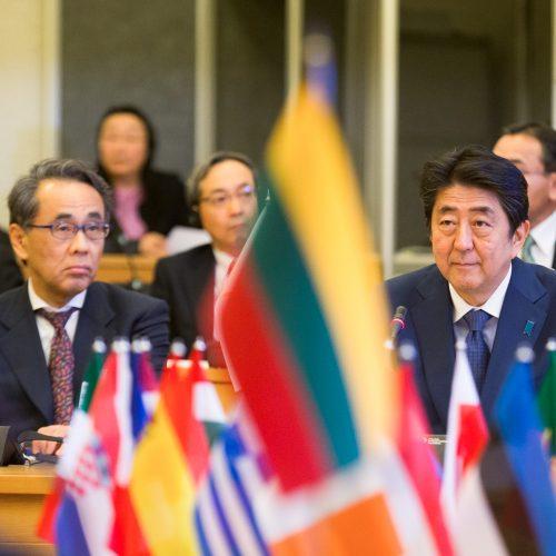Lietuvos ir Japonijos premjerų susitikimas  © K.Vanago/BFL nuotr.