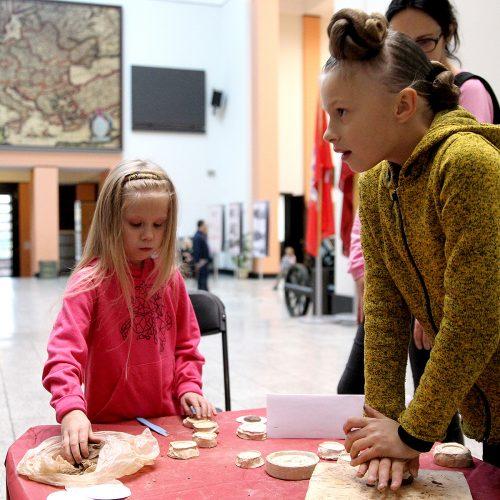 Kūrybinės dirbtuvėlės Karo muziejuje  © Evaldo Šemioto nuotr.