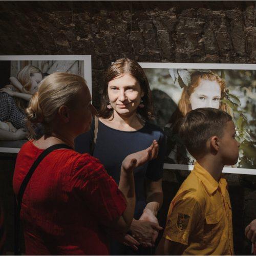 """Fotografijų paroda """"Tik niekam nesakyk!""""  © Vladislavo Ovčiarovo nuotr."""