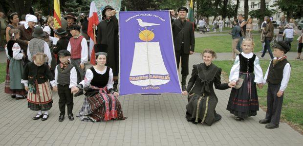 """Folkloro festivalis """"Parbėg laivelis"""" kviečia atrasti tautosakos sodą"""