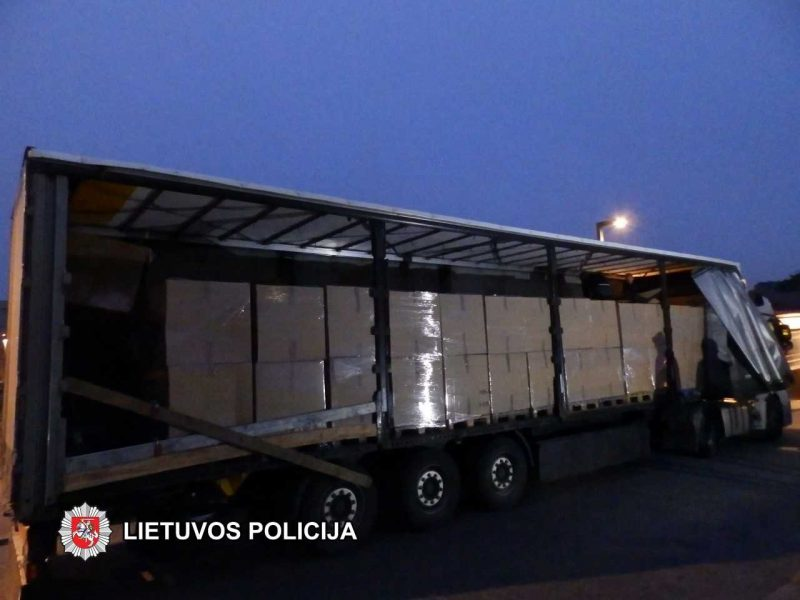 Marijampolės policija sulaikė daugiau nei 1 mln. eurų vertės cigarečių krovinį