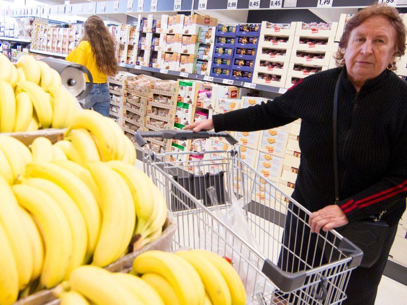 Tyrimas: maisto produktai brangsta jau antras mėnuo iš eilės