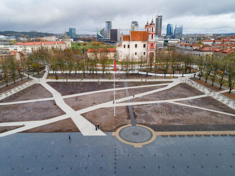 A. Jokubaitis: Lukiškių aikštės istorija ginčija, ar Vilnius yra sostinė