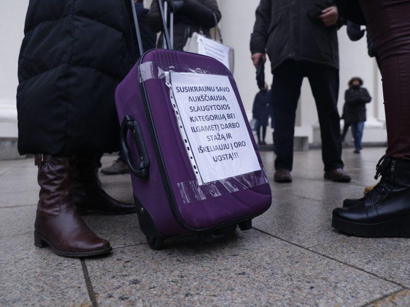 Vilnius krapštys papildomus milijonus emigruoti grasinantiems medikams