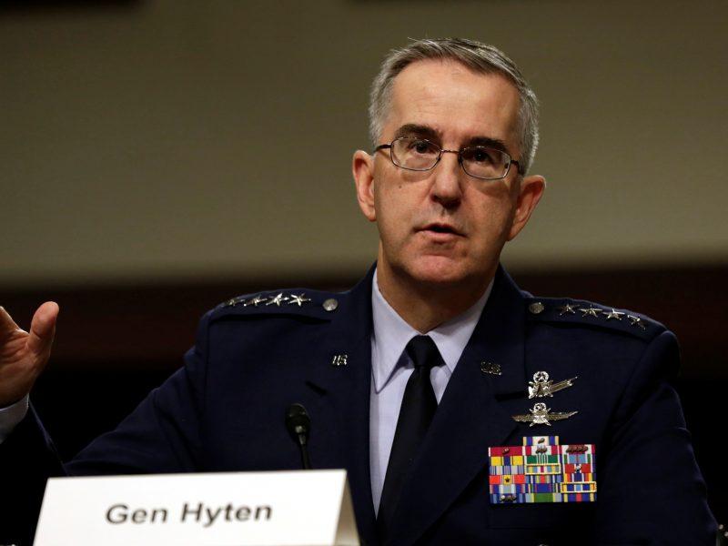 JAV generolas pasakė, ką darytų D. Trumpui liepus panaudoti atominį ginklą
