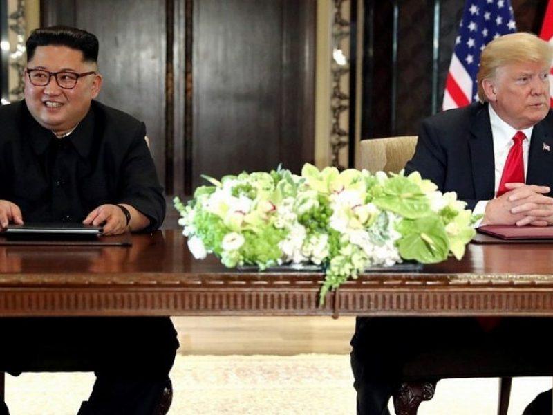 """Š. Korėja: per derybas Vašingtonas pateikė """"grobuoniškų"""" reikalavimų"""