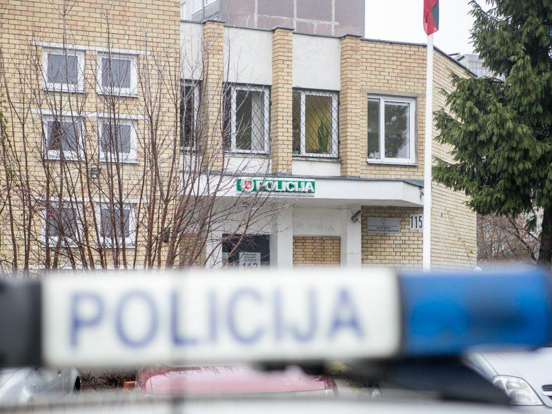 Kaunietį pribloškė policijos pozicija: skola virto užmokesčiu už nelegalią veiklą?