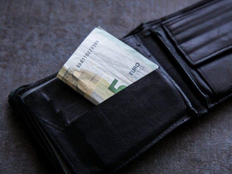 Rugsėjį paaiškės, ar Konstitucinis Teismas imsis svarstyti pensijų reformą