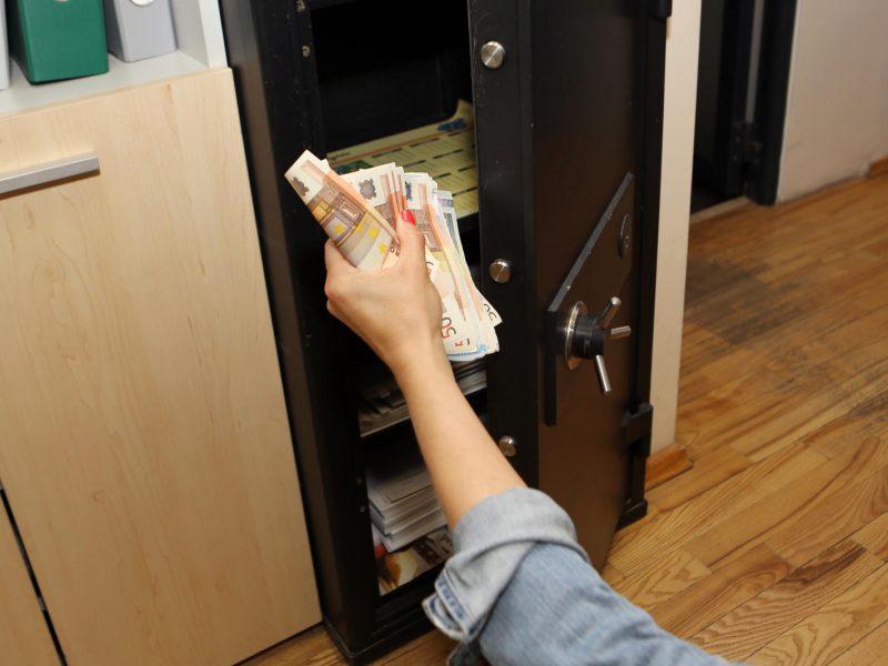 Klaipėdos rajone pavogtas seifas su 10 tūkst. eurų