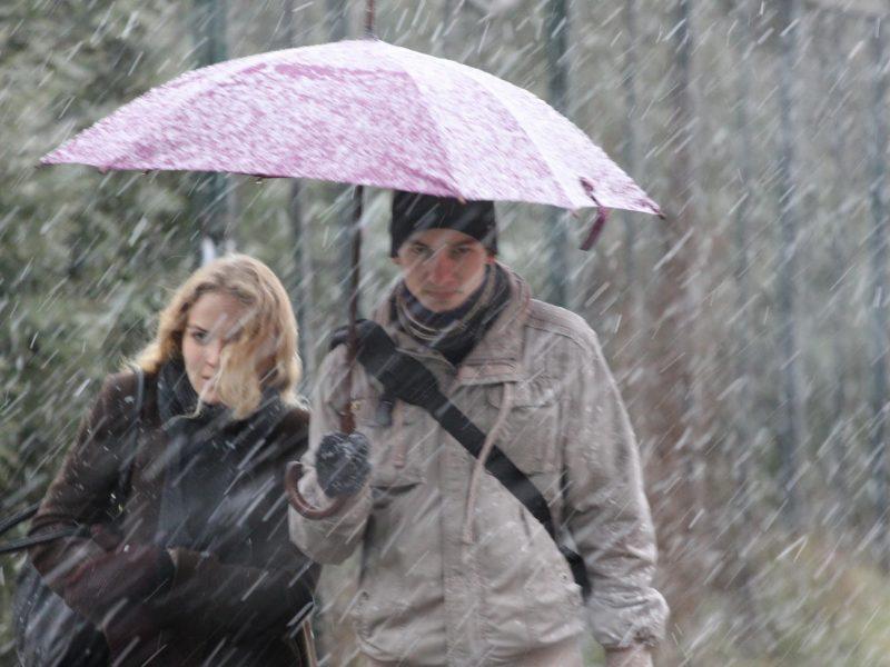 Orai: laukia ypač nemaloni savaitė – siautės krituliai, bus slidu