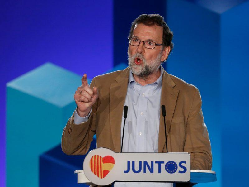 Ispanijos premjeras ragina katalonus balsavimu nušalinti separatistus