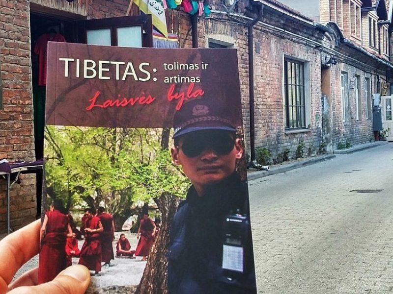 Išleista Dalai Lamos vizitui Lietuvoje skirta knyga