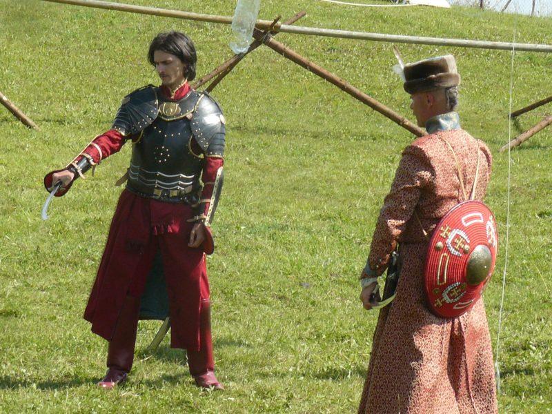 Sparnuoti husarai pripažįsta tik moteriškas moteris