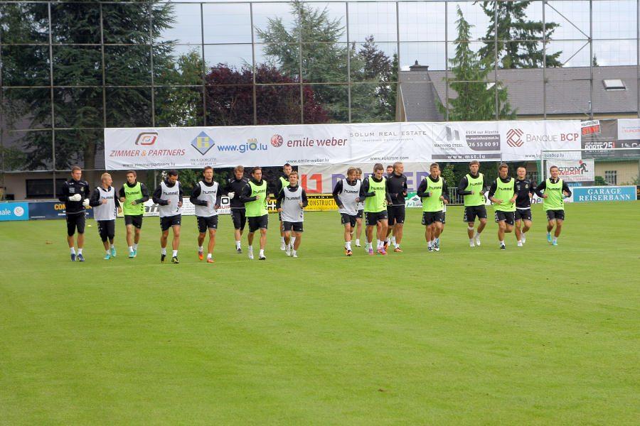 Lietuvos futbolo rinktinė jau lieja prakaitą Liuksemburge (fotoreportažas)