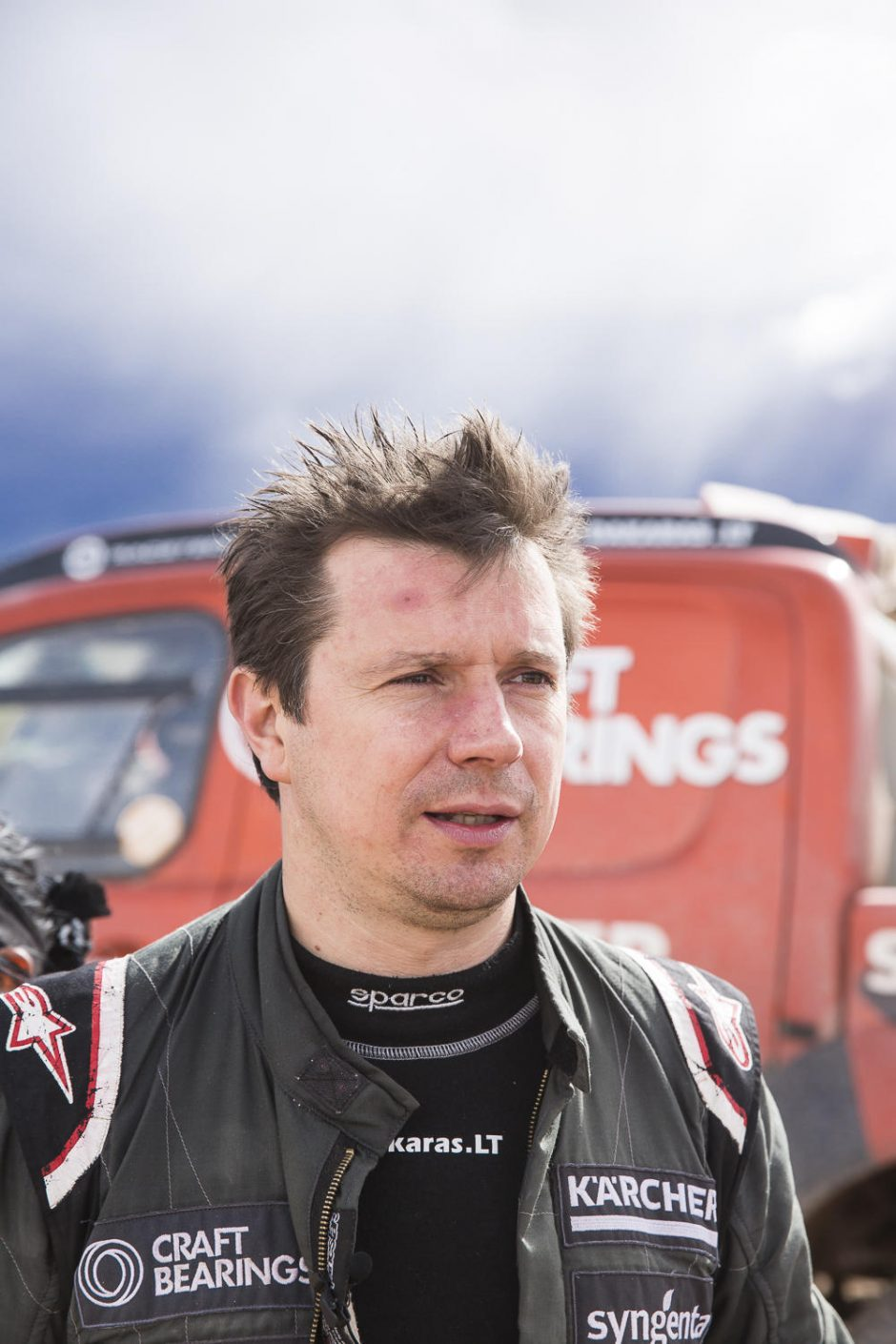 Lenktynininkui A. Juknevičiui įsižiebė viltis tęsti Dakaro ralį
