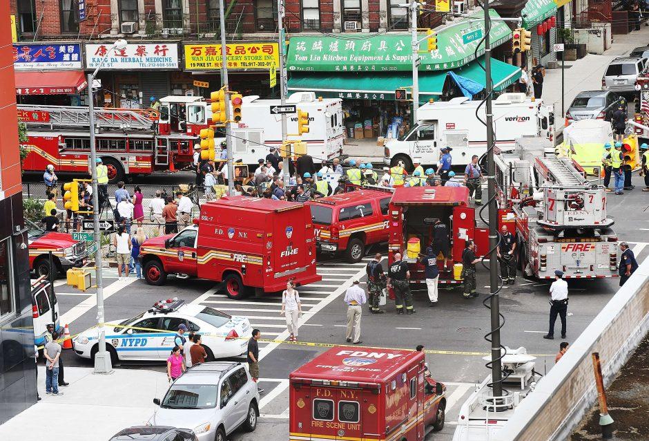Dujų nuotėkis kinų kvartale Niujorke sukėlė sprogimą