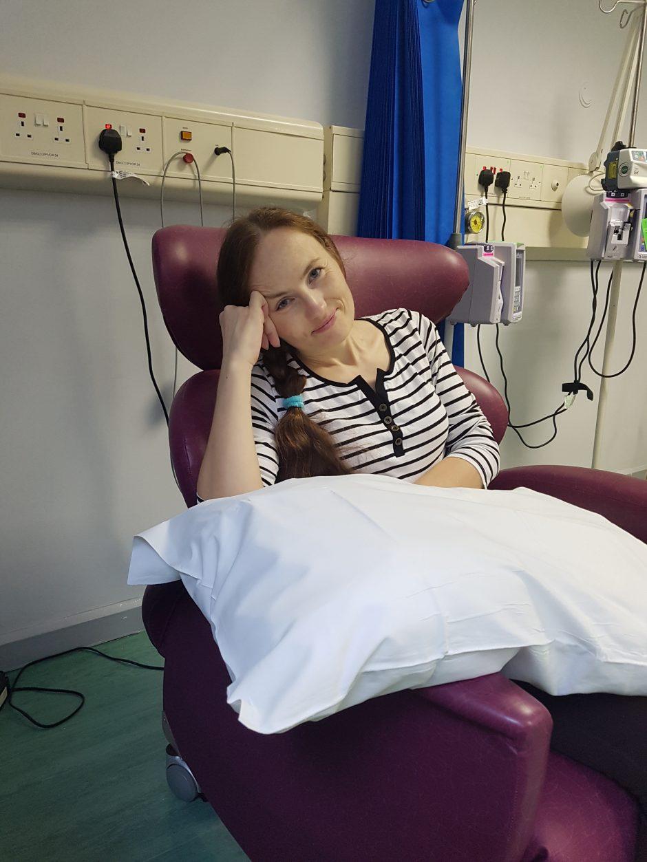 Pagalbos šauksmas iš Londono: jauna lietuvė be vaistų išgyvens tik metus