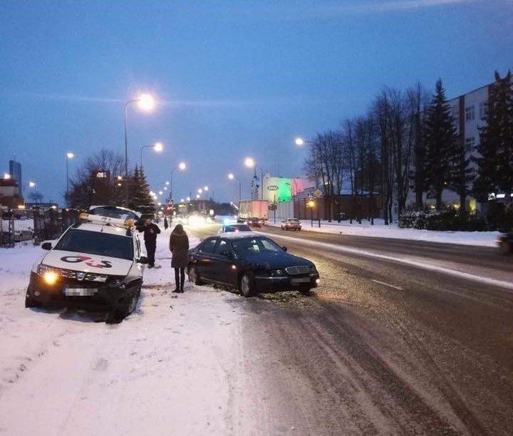 Nevalyti keliai aitrino vairuotojų įsiūtį