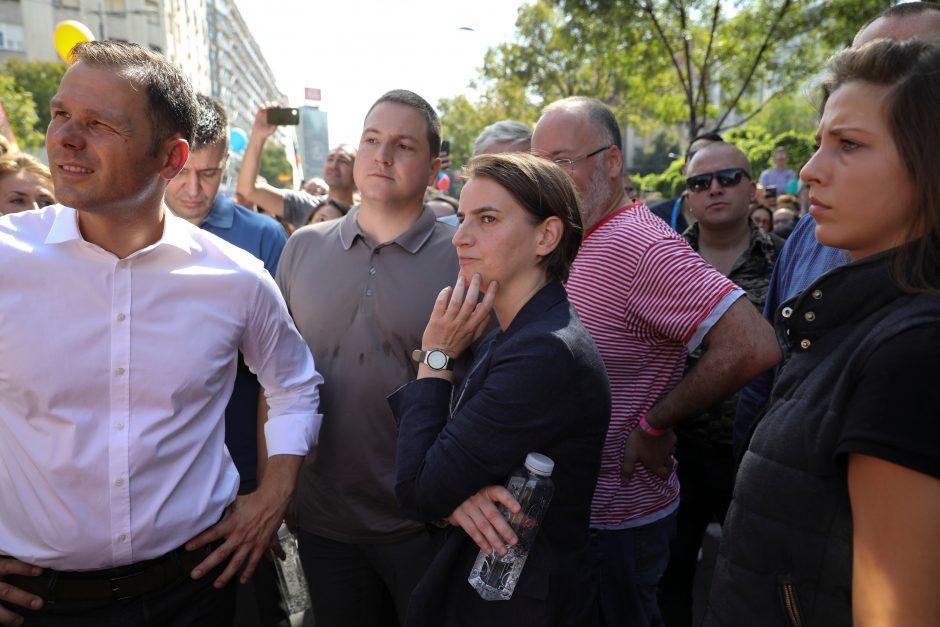 Homoseksualumo neslepianti Serbijos premjerė dalyvavo gėjų eitynėse