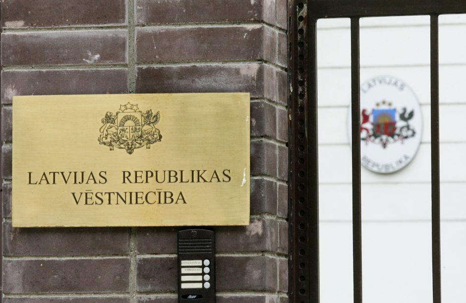 Latvijos ambasadoje Vilniuje galima pasirašyti užuojautų knygoje (papildyta)