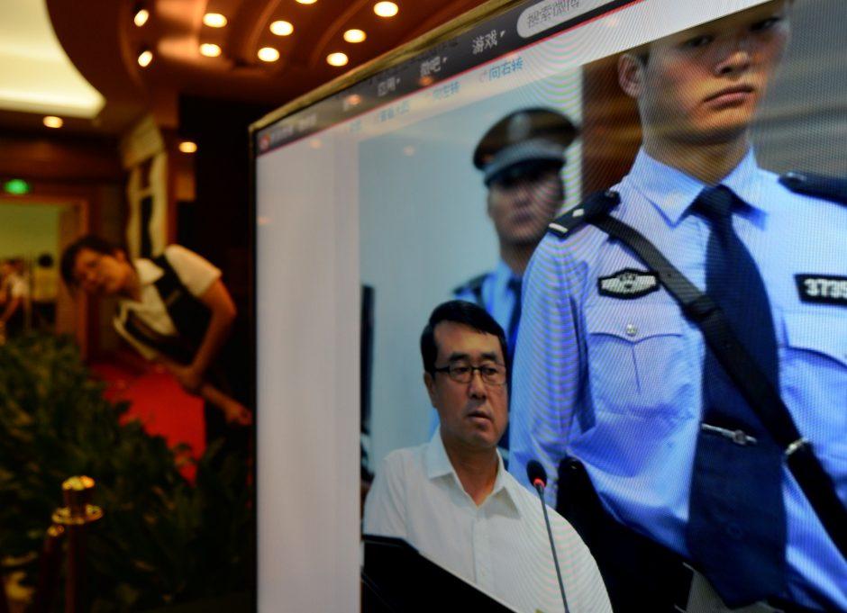 Kinijoje baigta nagrinėti politikos žvaigždės Bo Xilai korupcijos byla