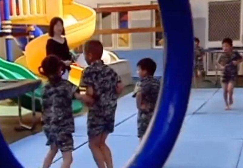 Kariniai vaikų darželiai Taivane: jūrų pėstininkų įgūdžiai ikimokyklinukams