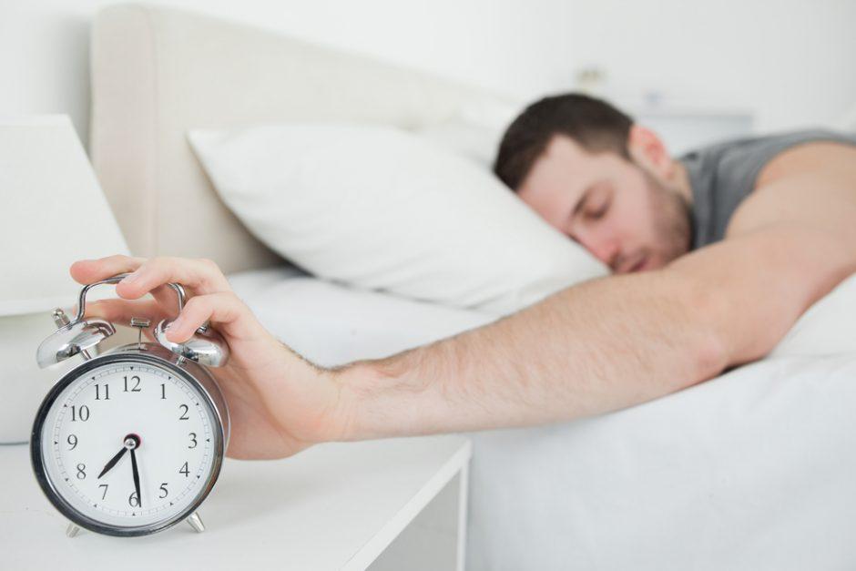 Kodėl rytais taip sunku keltis?