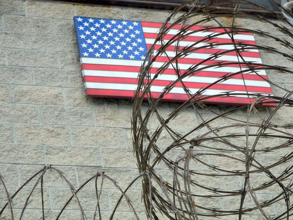 Du Alžyro piliečiai repatrijuoti iš JAV Gvantanamo kalėjimo