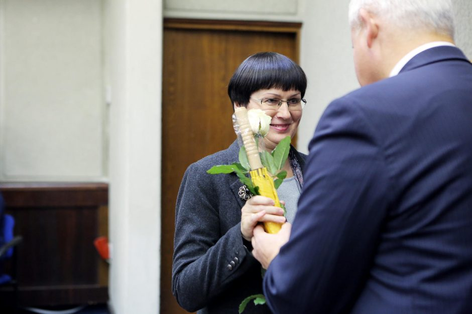 Klaipėdos valdininkams per profesinę šventę – ir padėkos, ir užuojautos