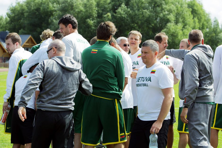 Lietuvos krepšinio rinktinės kandidatai pradėjo plušėti Palangoje