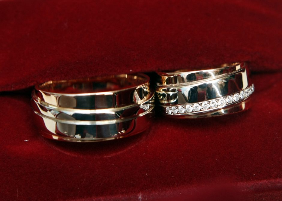 Parodoje pristatė vestuvinių žiedų tendencijas