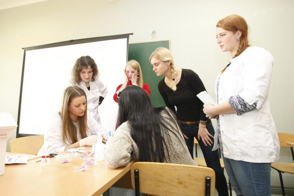 Klaipėdos universiteto studentai tikrinosi dėl ŽIV